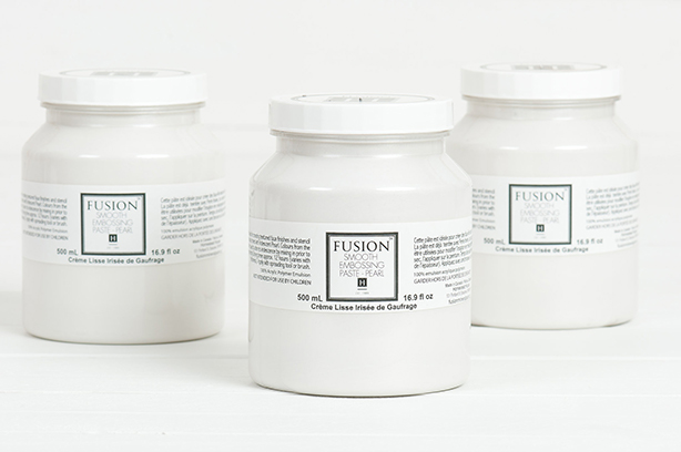 smooth-embossing-paste-pearl